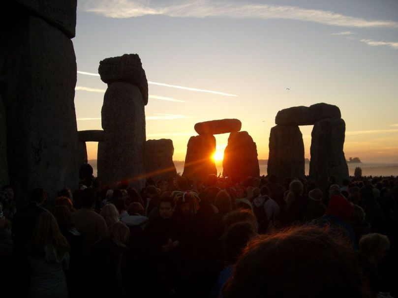 APP-1277129806-summer-solstice-stonehenge