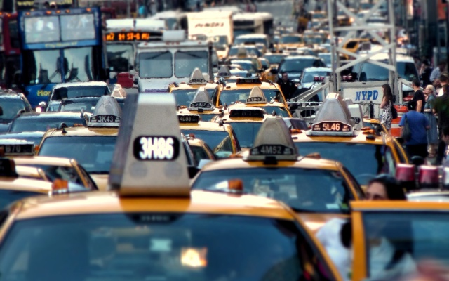 New-York-City-traffic-and-smog-by-joiseyshowaa-via-Flickr