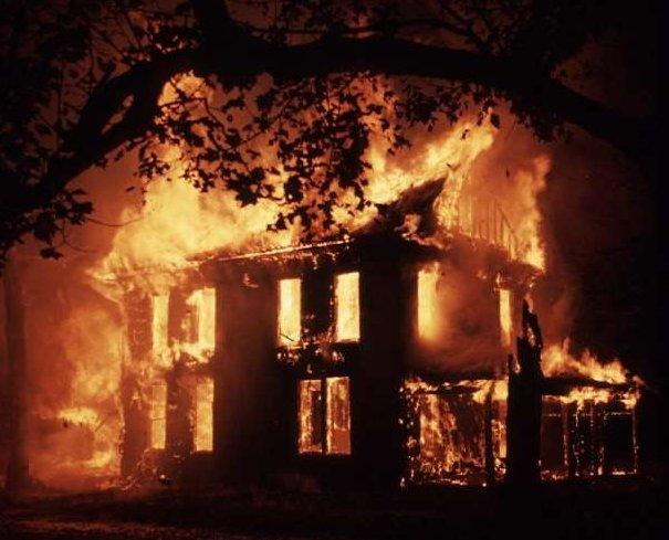 71289_house_fire1m